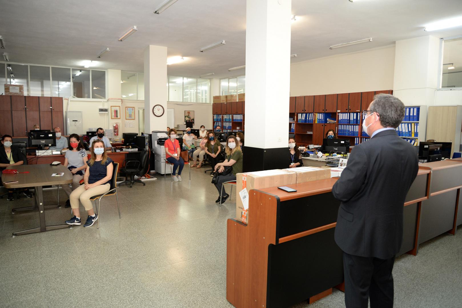BUÜ Rektörü Kılavuz: Tüm öğrencinin aynı anda kampüste bulunmasını artık arzu etmiyoruz