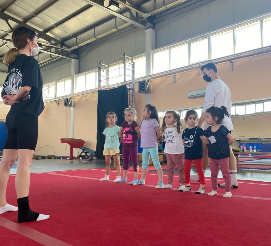 Çocuklar İçin Cimnastik Kurs Kayıtları Devam Ediyor