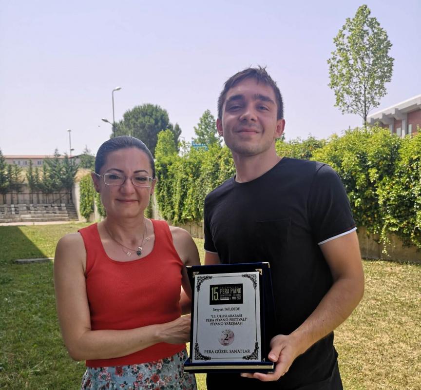 Genç piyano sanatçısına festival ödülü