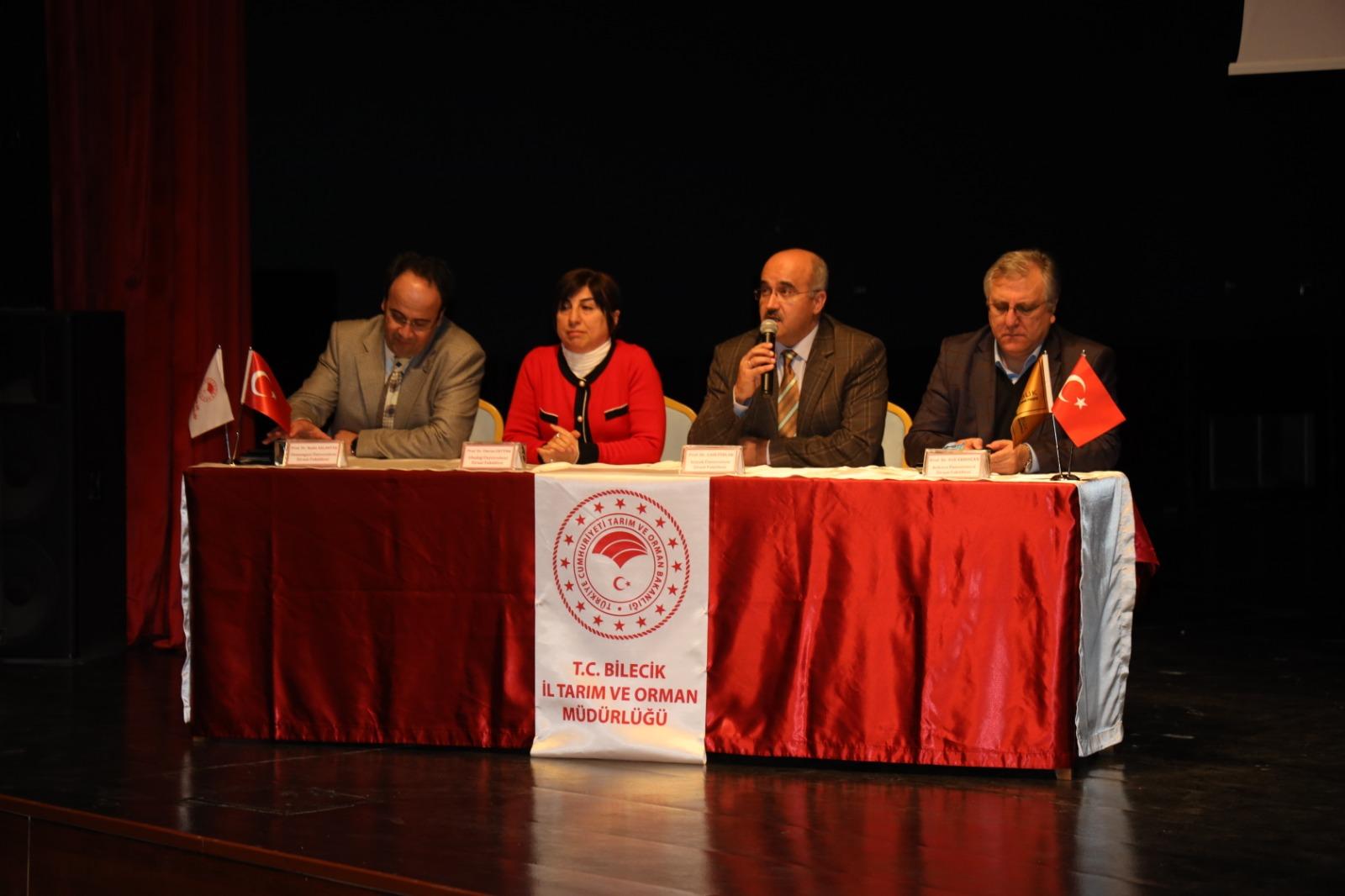 Bölüm Başkanımız Prof.Dr. Ümran ERTÜRK, 19 Şubat 2020 tarihinde Bilecik'te düzenlenen Altın Kabuk Ceviz Çalıştayı'na