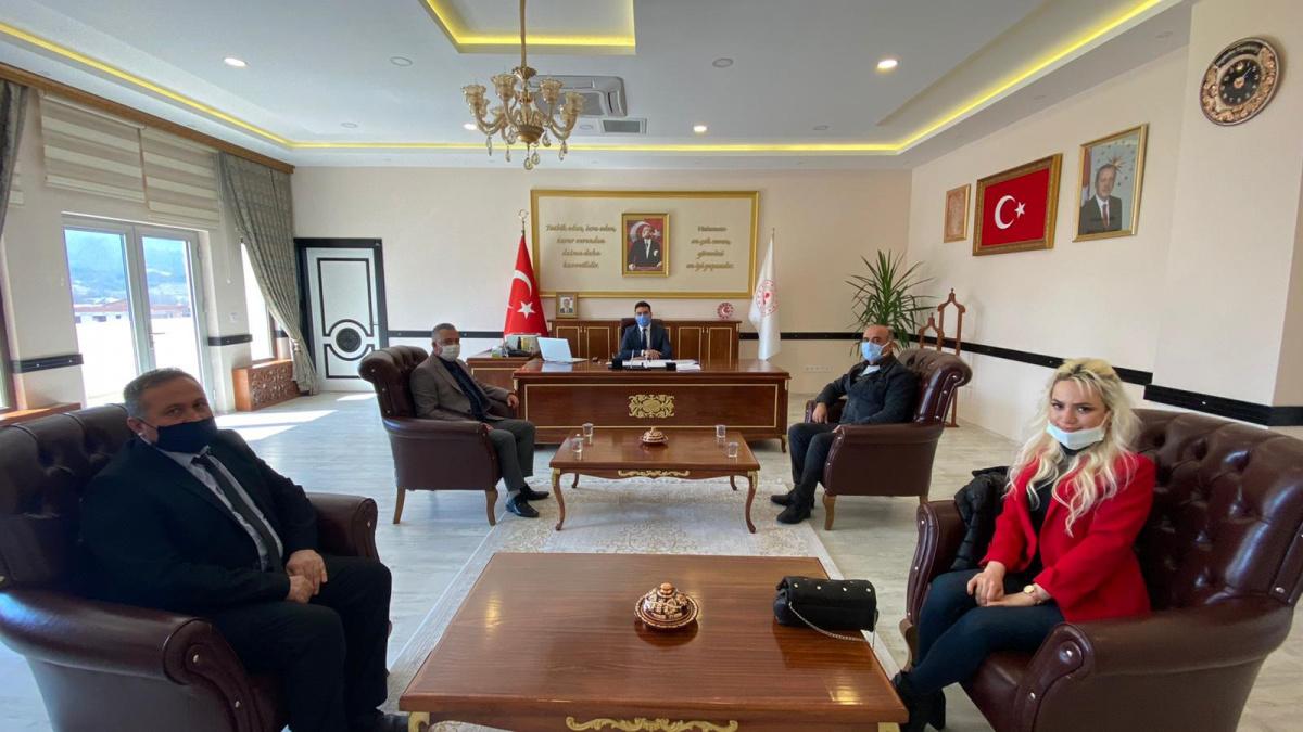Meslek Yüksekokulu Yönetimimiz, Büyükorhan Kaymakamı ve Belediye Başkanını ziyaret etti