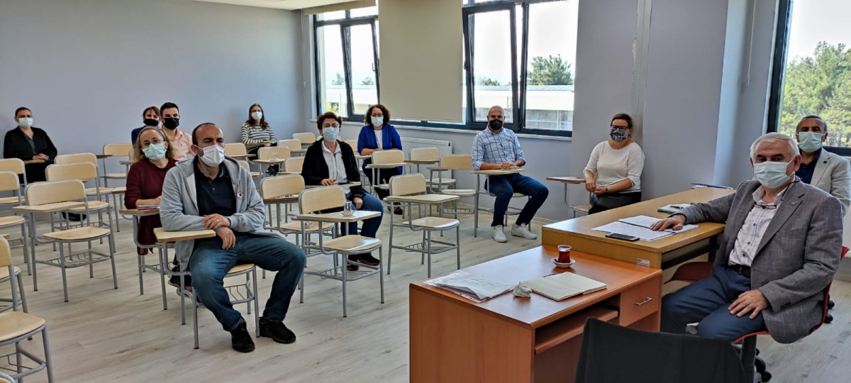 Eğitim Bilimleri Enstitü Yöneticileri ile Anabilim Dalı Toplantısı Gerçekleştirildi. 24 EYLÜL 2021