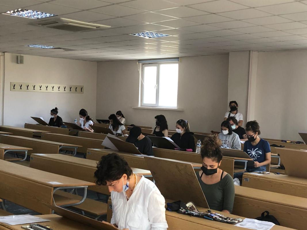 Bursa Uludağ Üniversitesi Güzel Sanatlar Fakültesi 2021-2022 Eğitim-Öğretim Dönemi Özel Yetenek Sınavları Başarı ile Gerçekleşti