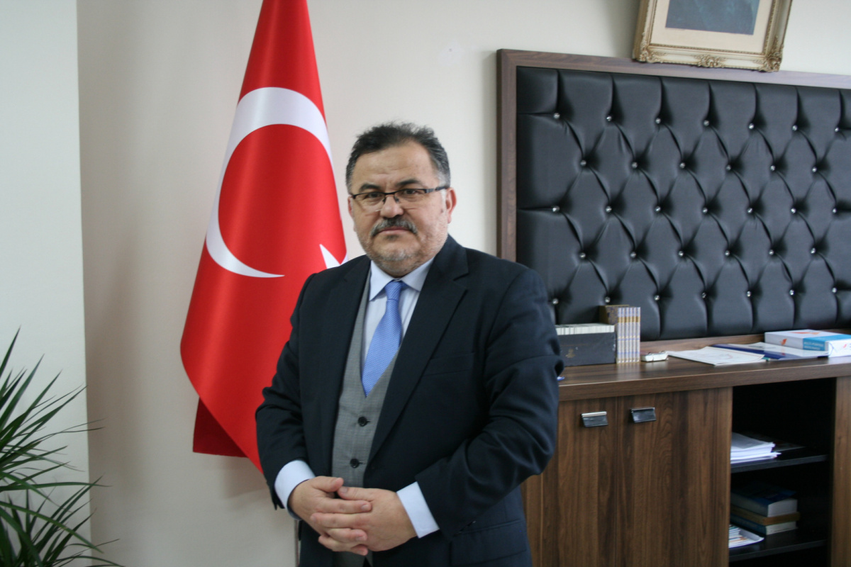 Dekanımız Prof. Dr. Bilal Kemikli'nin Bayram Tebriği