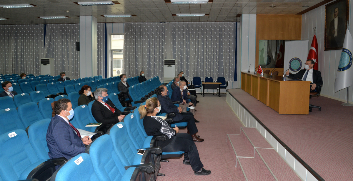 Bursa Uludağ Üniversitesi Kalite Komisyonu Yönetim Gözden Geçirme Toplantısı Yapıldı
