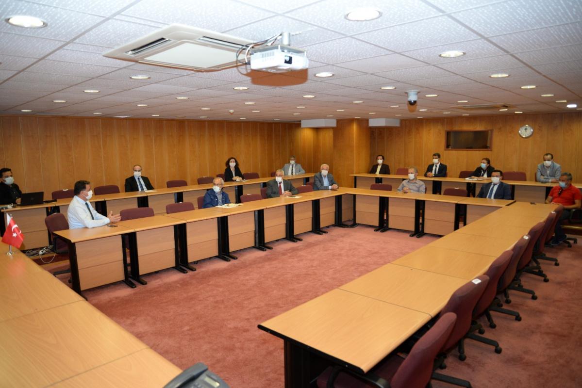 Bursa Uludağ Üniversitesi Meslek Yüksekokulları Müdürler Kurulunda sorunlar ve çözüm önerileri tartışıldı...