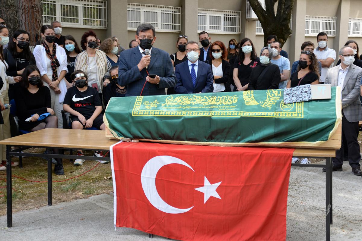 Prof. Dr. Hüseyin Cenk ÖZMUTLU'ya VEDA