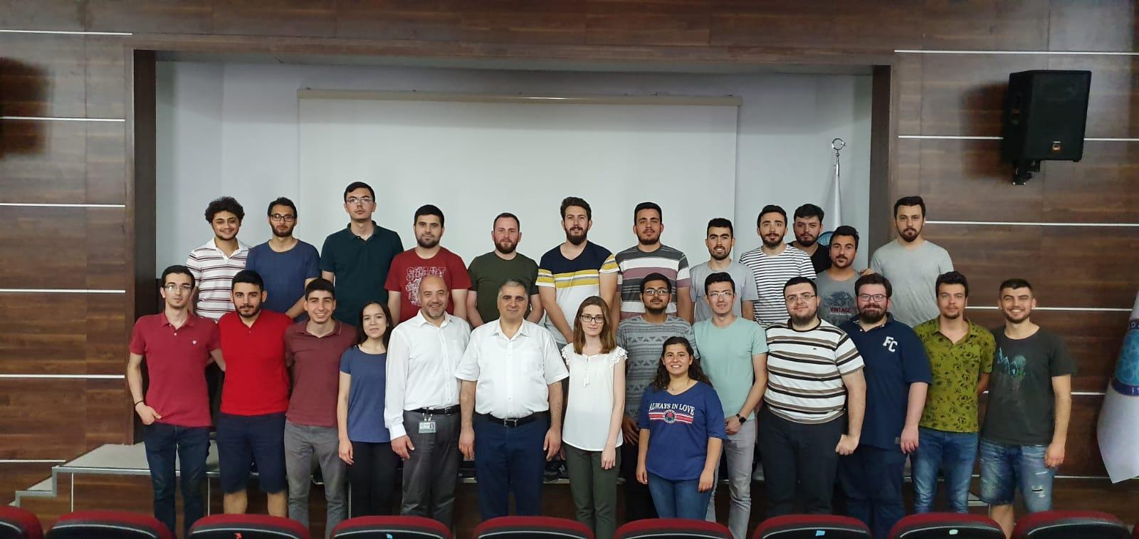 TAYSAD (Taşıt Araçları Yan Sanayicileri Derneği) tarafından Üniversitemizde düzenlenen eğitimler sonunda öğrencilerimiz sertifikalarını aldılar