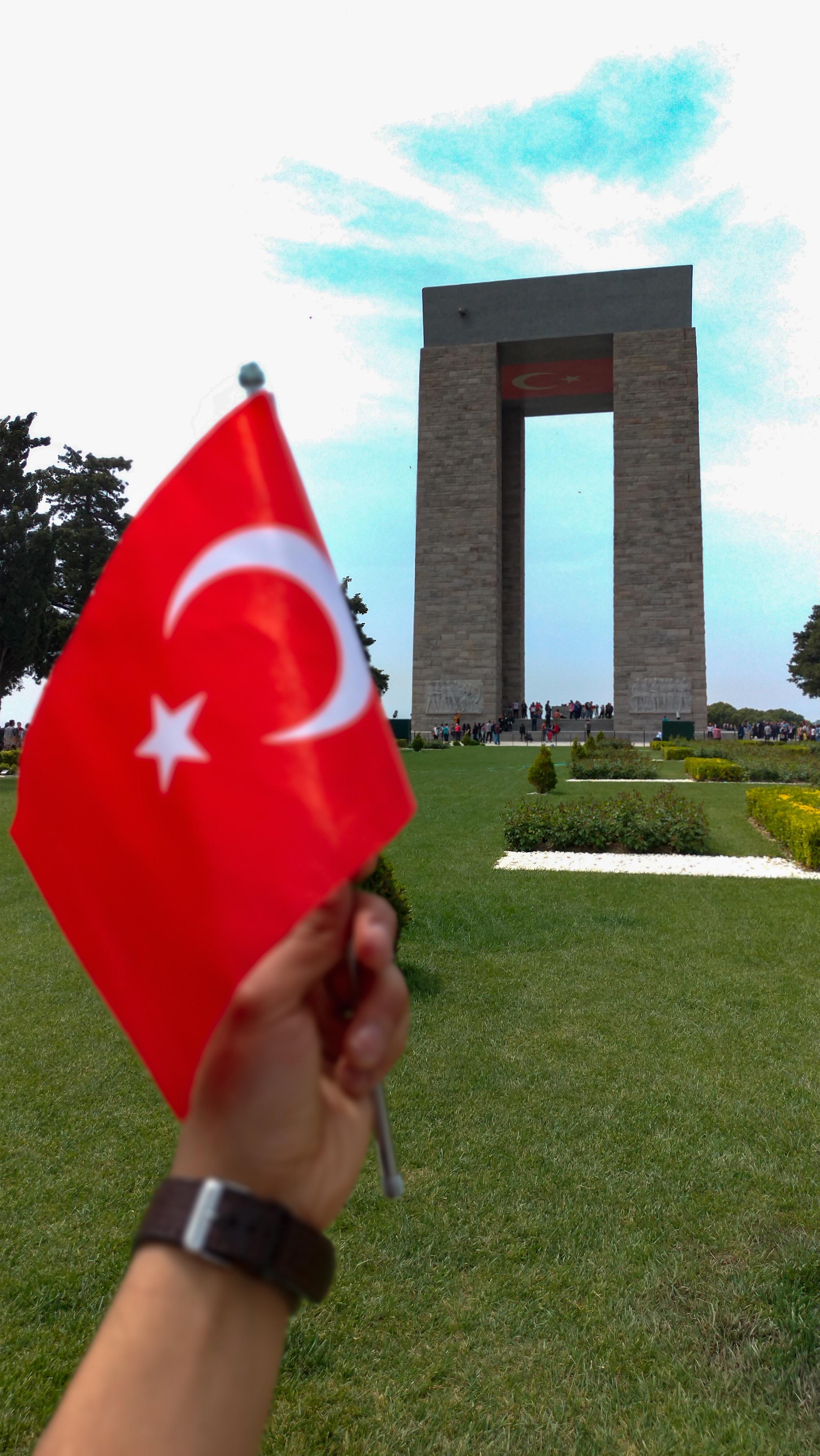 Bursa Uludağ Üniversitesi Çanakkale Şehitliklerini Ziyaret Etti
