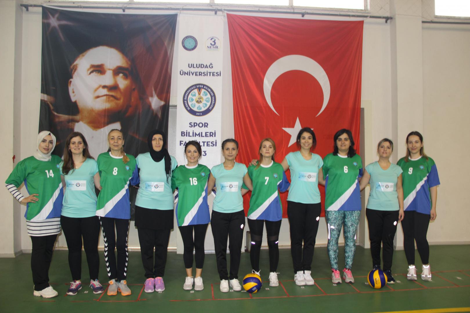 BUÜ Bayanlar Voleybol Turnuvası son maçını oynadı !