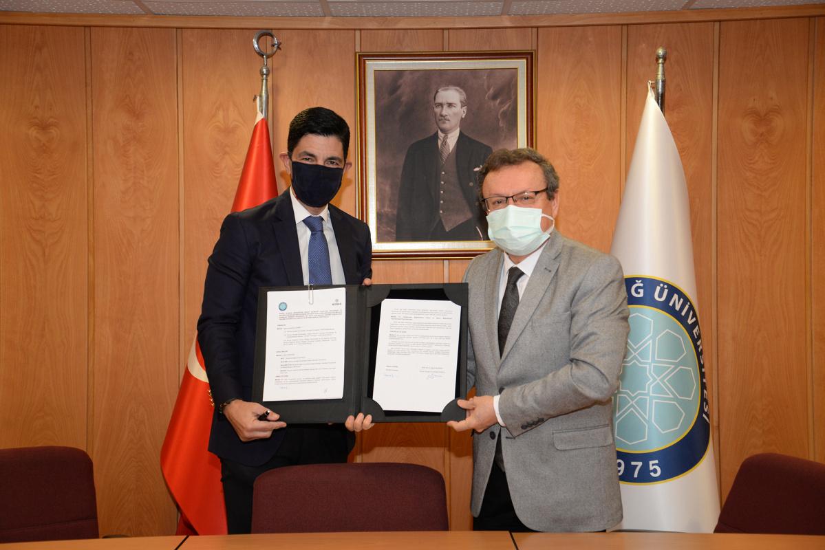 Fakültemiz FTR Bölümü ile BUÜ ve BOSİAD'dan iş gücü kaybını azaltacak protokol imzalandı.