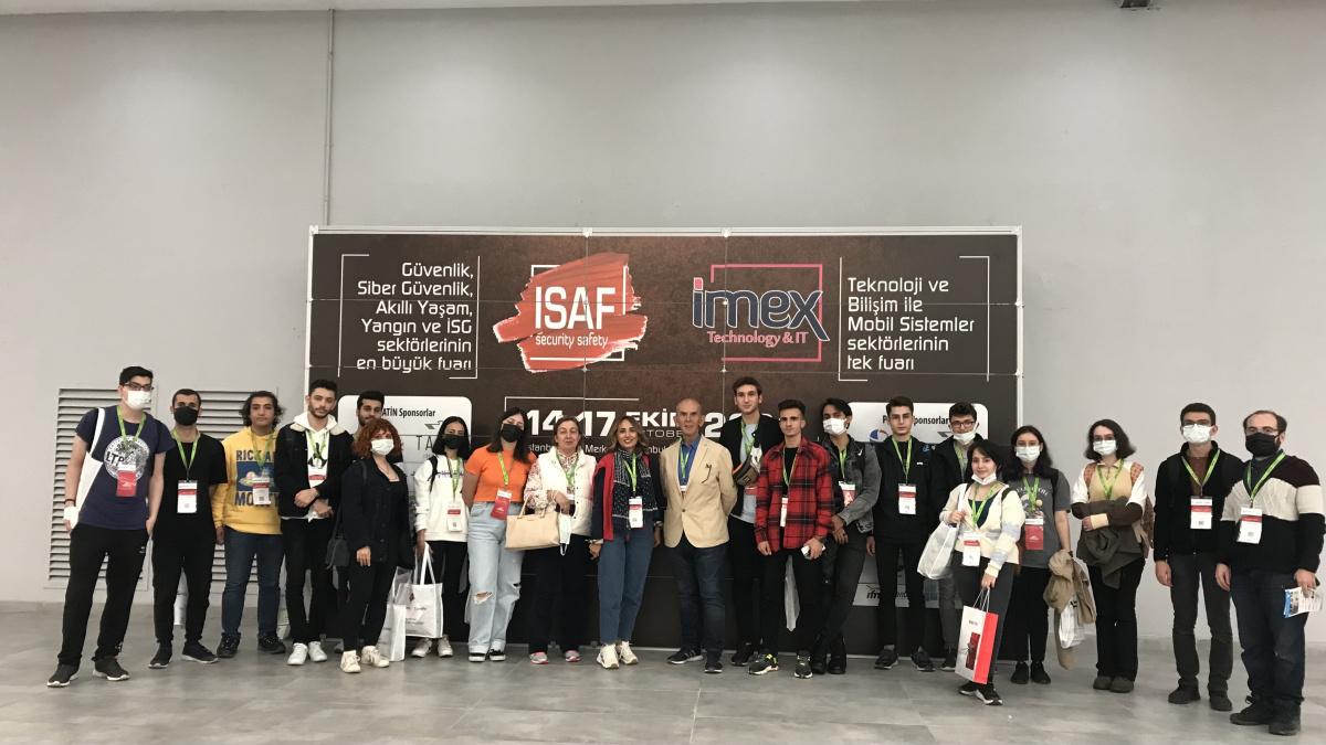 Bilgisayar Programcılığı Programı Öğrencileri IMEX Teknoloji ve Bilişim Fuarına Katıldılar