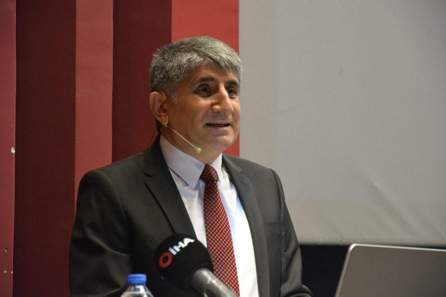 Türkiye Ulusal Ajansından Prof. Dr. Cengiz Alyılmaz'a Proje Desteği